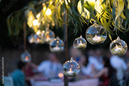 Valokuvatapetti Decoration with candles inside crystal balls in a wedding