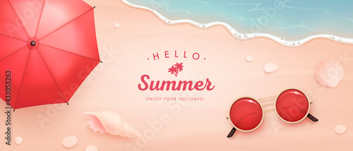 Fotografía Vector beautiful realistic top view illustration of sandy summer beach with beac