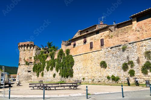 Naklejka premium City walls of San Gimignano in Italy