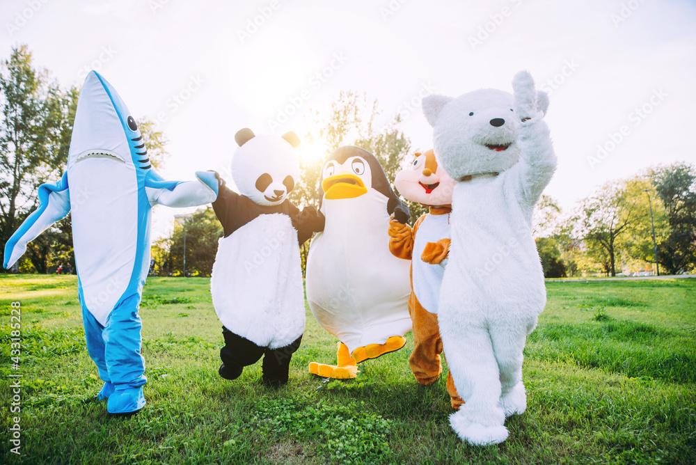Obraz Group of animals mascots doing party fototapeta, plakat