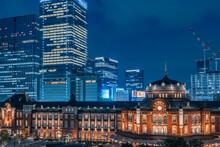 東京駅 夜