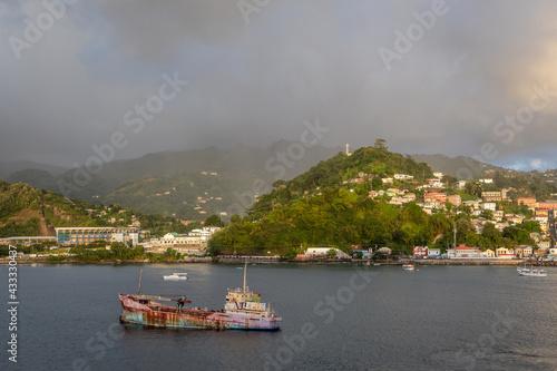 Fototapeta Shipwreck in bay