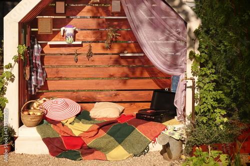 Fényképezés Vintage Wooden Gazebo in The Modern Designed Garden