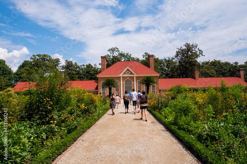 Obraz na plátně President George Washington home at Mount Vernon in Virginia,  USA