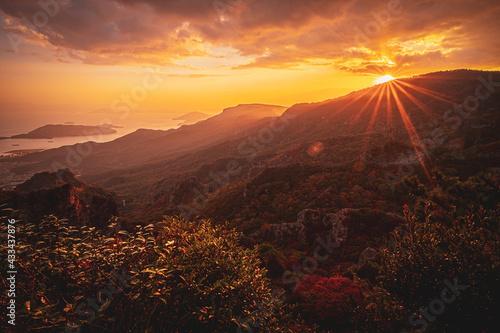 Fototapeta 【香川県 小豆島】秋の夕方の寒霞渓の自然風景