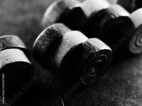 Canvastavla Grayscale studio shot of backgammon pieces