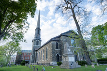 Kingston, NY - USA- May 12, 2021: The Old Dutch Church, A 19th-century Bluestone Church And Cemetery Located On Wall Street In The Kingston Stockade District.