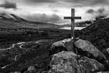 Cruz En Montaña