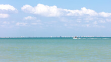 Boat Rides Over San Carlos Bay Background Fort Myers Beach