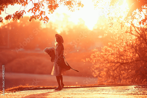 Canvastavla sun sunset silhouette hat girl / model in a summer evening dress, silhouette in