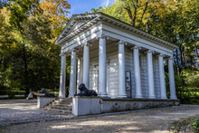 Temple Of Sybil In Lazienki Royal Baths Park In Warsaw, Poland