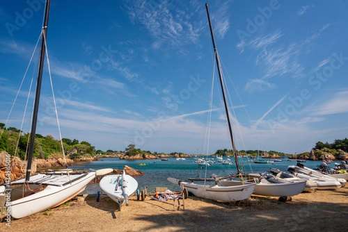 Fotografiet Sailboats on land on Bréhat island in Côtes d'Armor, Brittany, France