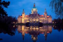 Hannover Neues Rathaus Bei Dämmerung