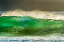 Translucent Wave, Light, Green, Crest