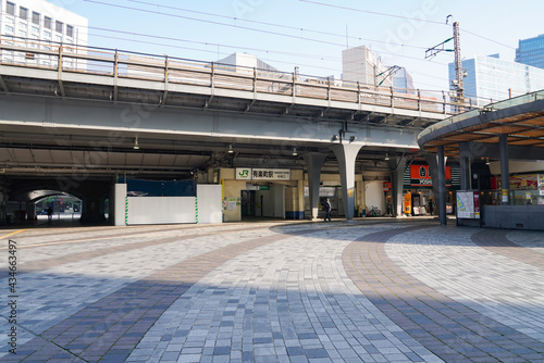 誰もいないJR有楽町駅