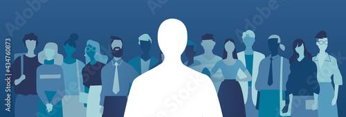 Fotografie, Obraz Silhouette di un candidato anonimo scelto su un gruppo di persone in attesa dell