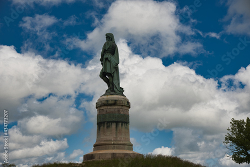 Cuadros en Lienzo Denkmal Vercingetorix in Alésia im Burgund
