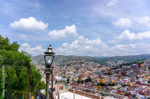 Stampa su Tela Guanajuato city view from the observation deck of Monumento Al Pipila