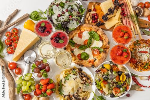 ピッツア Italian home-made pizza