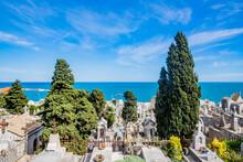 Dans Le Cimetière Marin Paul Valéry à Sète