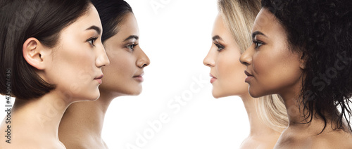Canvas Print Multi-ethnic beauty and skincare