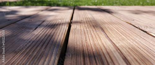 Canvastavla wooden floor and grass