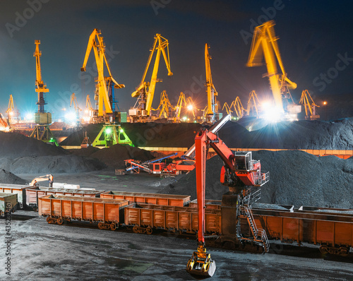 Obraz na plátně band conveyer, boat, business, carbon, cargo, carrier, clamshell, claw, coal, co