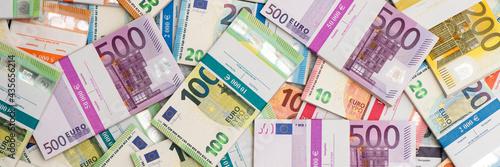 Geldbündel mit Euro Banknoten und Geldscheine Fototapet