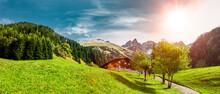 Wanderweg In Einödsbach Bei Oberstdorf Im Allgäu