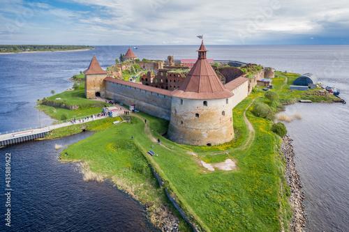 Fototapeta Oreshek fortress at the source of the Neva River on Lake Ladoga