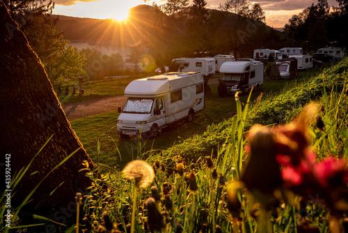 travel by campervan Fototapet