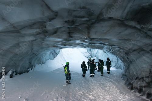Canvastavla ice cave