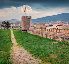 Stunning Morning View Of Skopje Fortress - Remains Of A 6th-century Hilltop Stone Fortress. Nice Spring Cityscape Of Skopje - Capital Of North Macedonia, Europe. Traveling Concept Background..