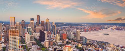 Fotografija Downtown Seattle city skyline cityscape in United States
