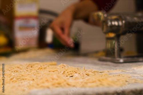 Canvastavla Homemade fresh pasta, traditional italian cuisine. Close up.