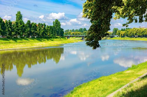 Stampa su Tela embankment of the river uzh