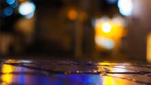 Magnifiques Jeux De Lumières Dans Les Rues De La Ville De Condom, Pendant La Nuit