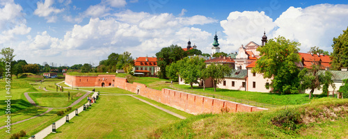 Canvas Historical defensive fortifications in the historic center of Zamosc, panorama, banner