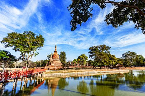 Fotografia Temple in Si Satchanalai historical park at sukhothai in thailand