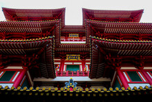 Buddha Toothe Relic Temple In Chinatown In Singapore
