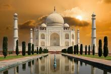 Taj Mahal (Indien/Agra - Das Schönste Gebäude Der Welt)