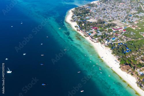 Tropical Sea. Amazing bird eyes view in Zanzibar Fototapet
