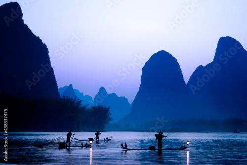 Fotografiet Cormorant fishing, Guilin, China