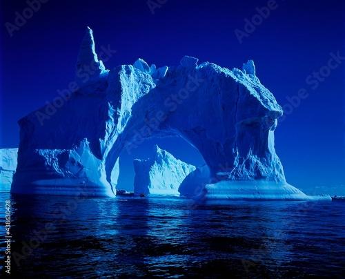 Carta da parati antarctica, sea, icebergs, arctic peninsula, south pole, southern ocean, waters,