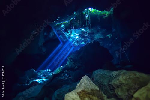 landscape diving in cenote, underwater fog hydrogen sulfide, extreme adventure i Fototapet