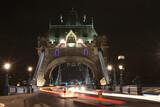 Fototapeta Londyn - Noc, transport, światła