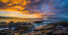 Amazing Sunset With Yellow Sky Over The Sea. Beautiful Nature Of Hawaii. Makaluapuna Point, Maui, Hawaii, USA
