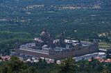 krajobraz góry widok klasztor budowla słonecznie san lorenzo de El Escorial