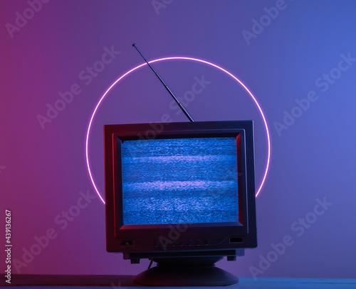 Wallpaper Mural Mini Retro tv antenna receiver