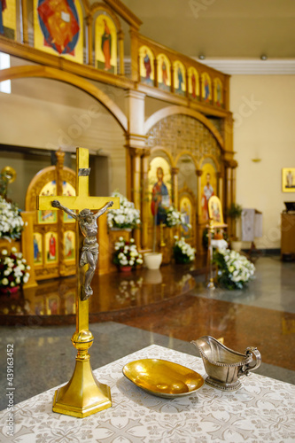 Photo Altar at the church with ceremonial objects for Baptism